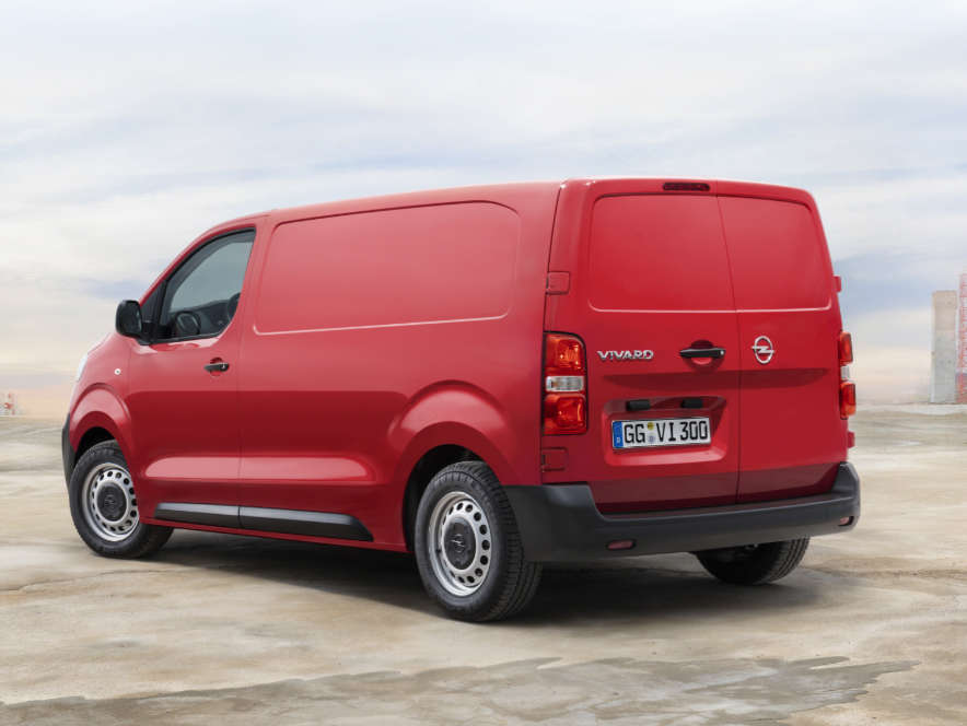 Opel Vivaro, вигляд ззаду